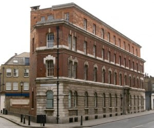 An image of Commercial Street Police Station.