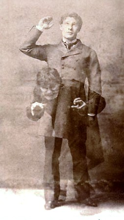 Actor Richard Mansfield transforming himself into Mr Hyde
