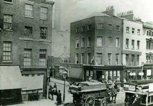 The junction of Osborne Street and Whitechapel Road.