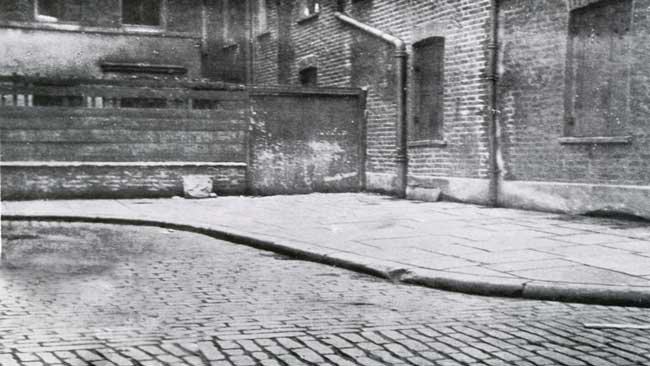 A view of the corner of Mitre Square where Catherine Eddowes body was found.