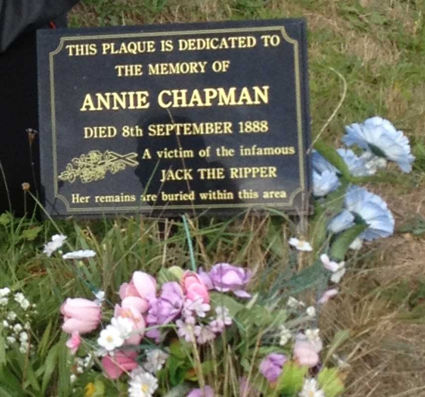 The memorial to Annie Chapman.