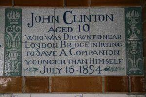 The plaque rememebring the boy hero John Clinton.