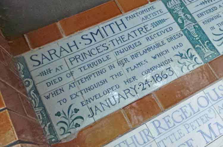 "The plaque commemorating ""Pantomime Artiste"" Sarah Smith."