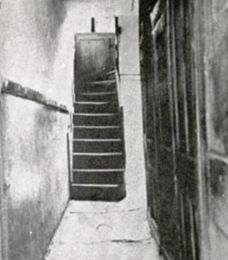 A photograph of the corridors inside 29 Hanbury Street.