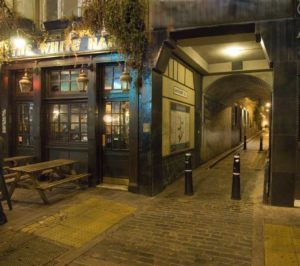 A photograph of the White Hart.