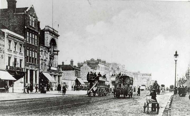 A view along 19th century Whitechapel Road.