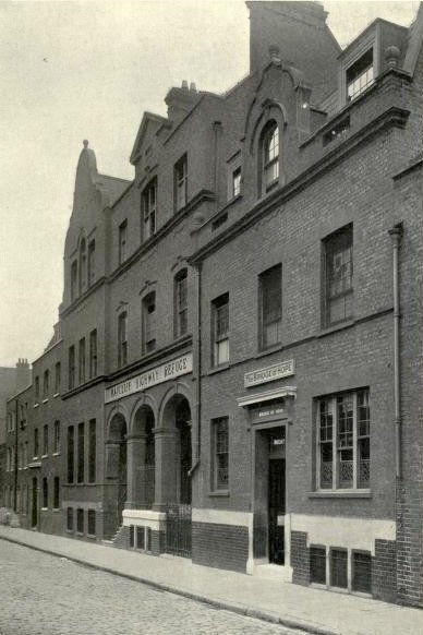 A photograph of the Bett Street Refuge.